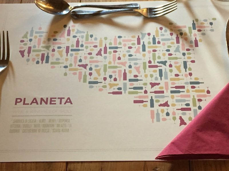 Branding is perfection. Love these paper placemats